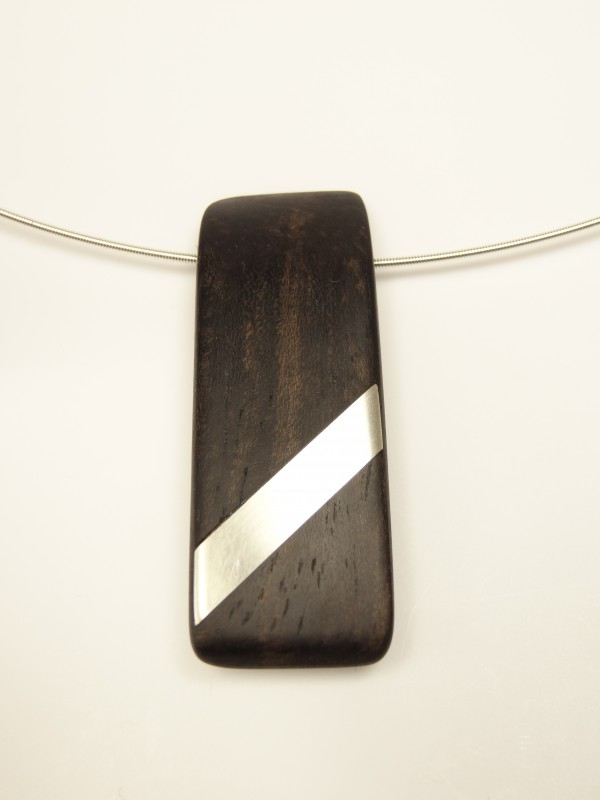 Amulett Ebenholz Silbereinlage
