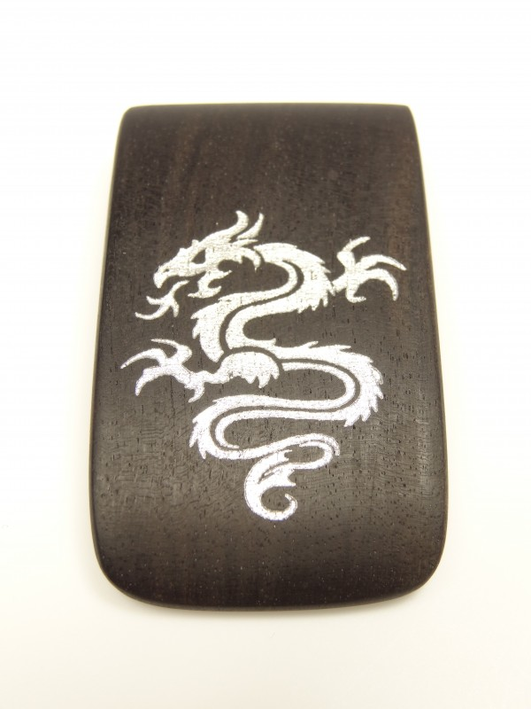 Amulett mit Drachenmotiv