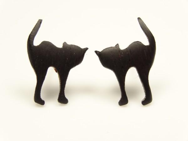 Ohrstecker Motiv Katze mit Buckel