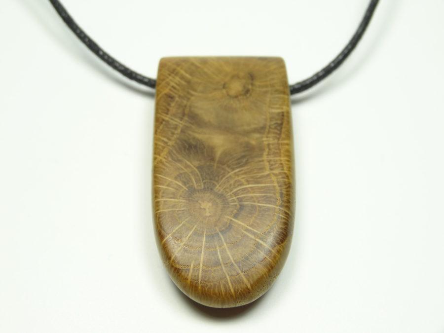 Eichenholz Amulett