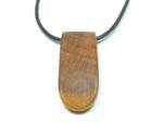 Amulett Pflaumenholz