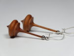 Ohrhänger Kreisel aus Pflaumenholz