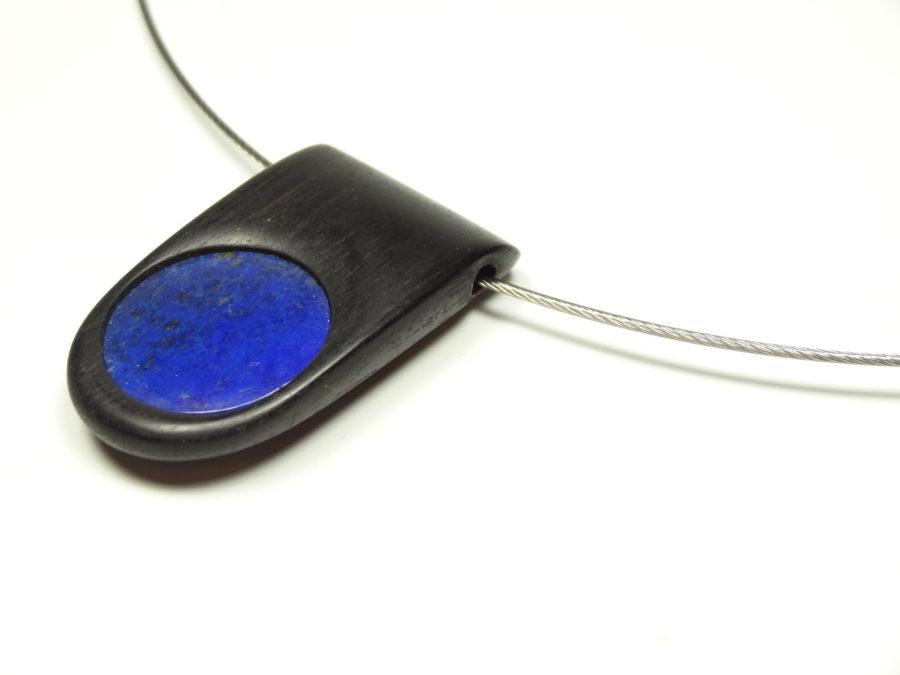 Amulett Ebenholz Lapislazuli
