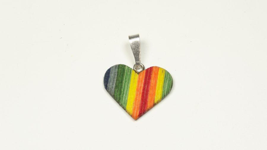 Holzanhänger coloriert Herzform