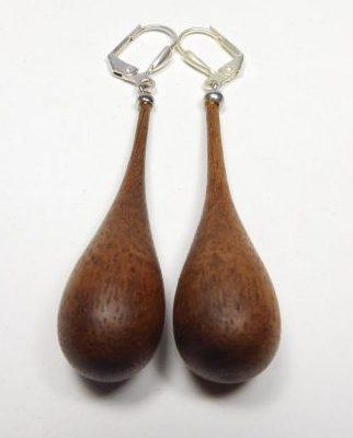 Ohrhänger Tropfen Nußbaum